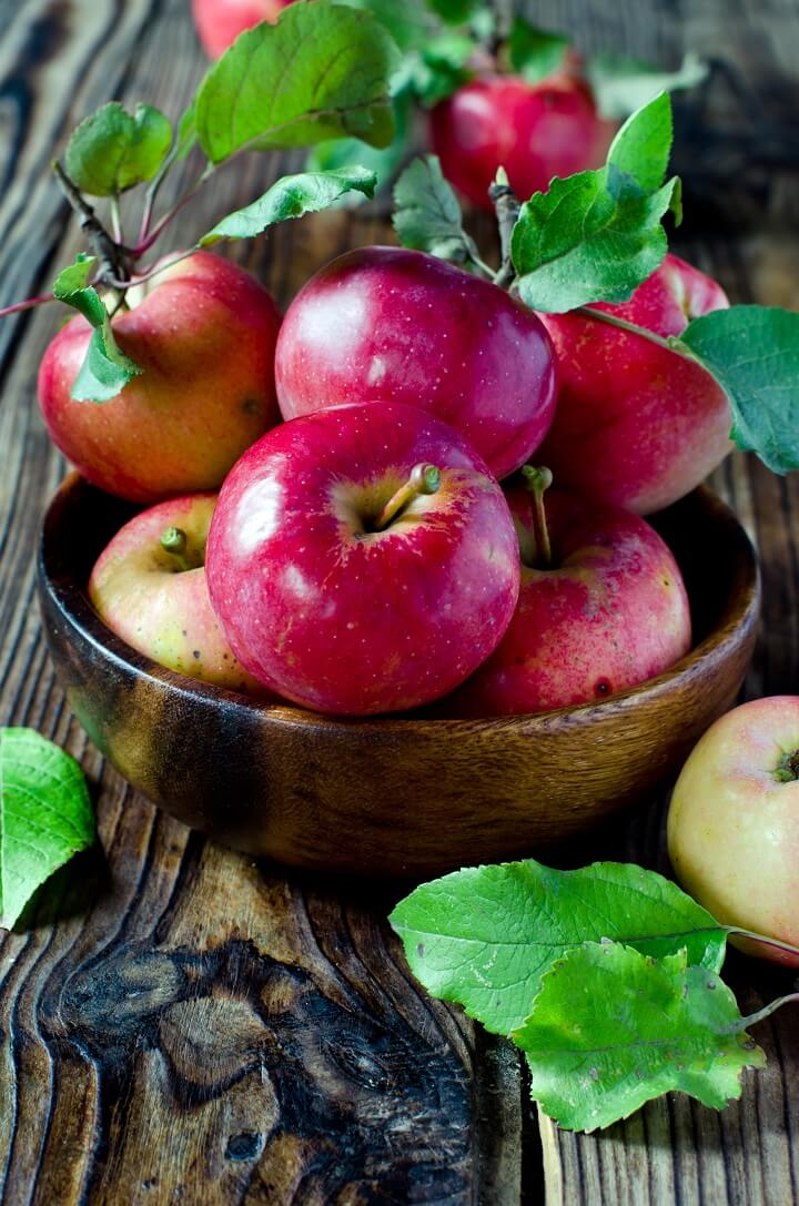 Fresh Red Apples in a Bowl